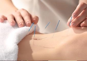Akupuntur tek başına fayda sağlamaz
