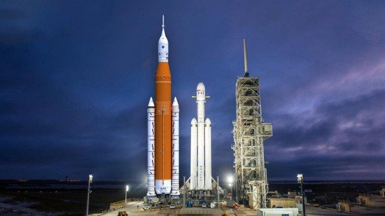 NASA, İnsanlığı Yeniden Ay'a Götürecek SLS'yi Başarıyla Test Etti